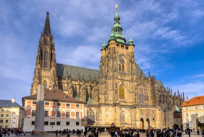 St. Vitus Cathedral, Prague, Tjeckien royaltyfri bild
