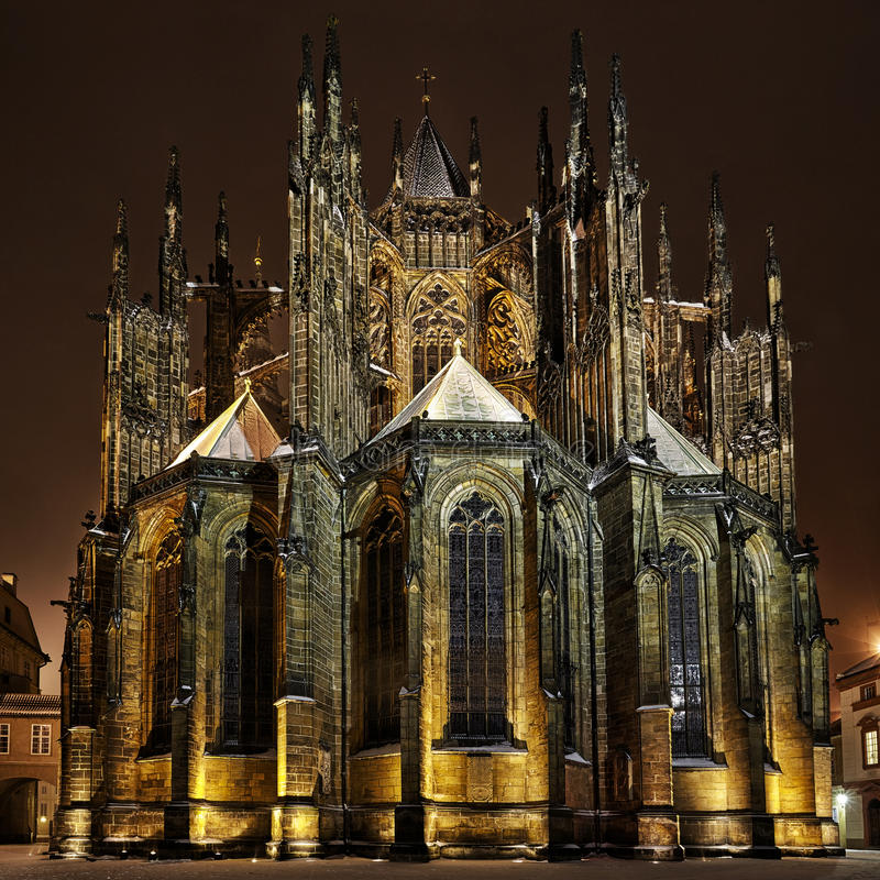 Download St. Vitus Katedra Przy Nocą W Praga Obraz Stock - Obraz: 33049901