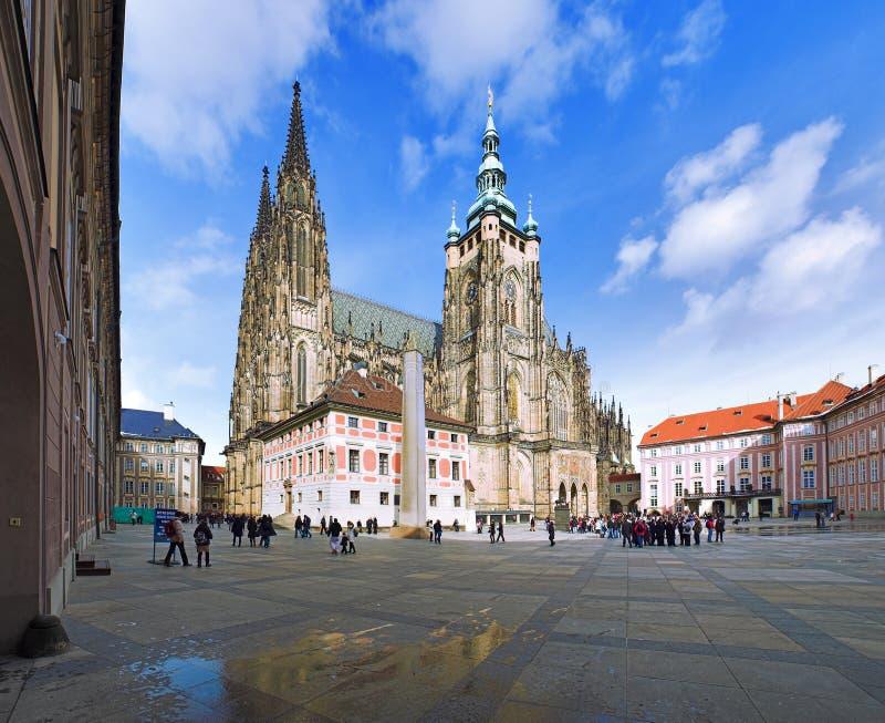 St. Vitus Kathedraal in Praag stock afbeeldingen