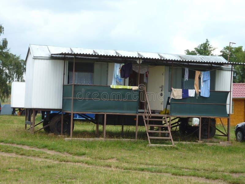 Sta-caravan in Tsjechische Republiek royalty-vrije stock afbeelding