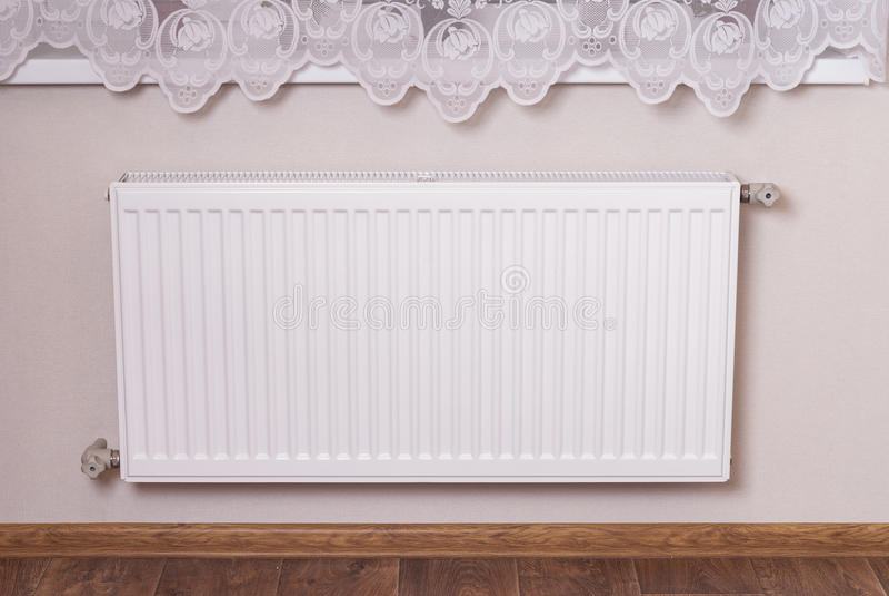 Staal het verwarmen radiator stock foto