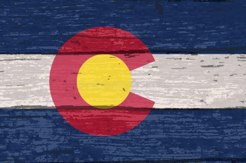Staat Colorado-Flagge auf altem Bauholz lizenzfreie abbildung