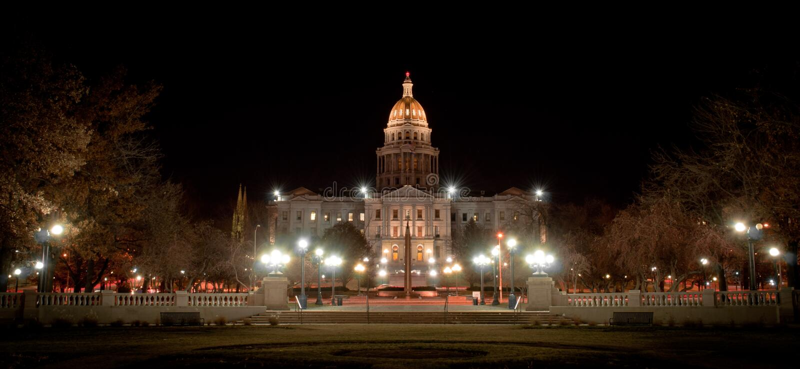 Staat Colorado-Kapitol-Gebäude nachts stockbilder
