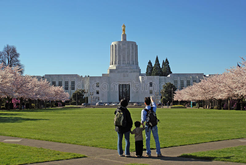 Staat Oregons-Kapitol-Gebäude. stockbilder