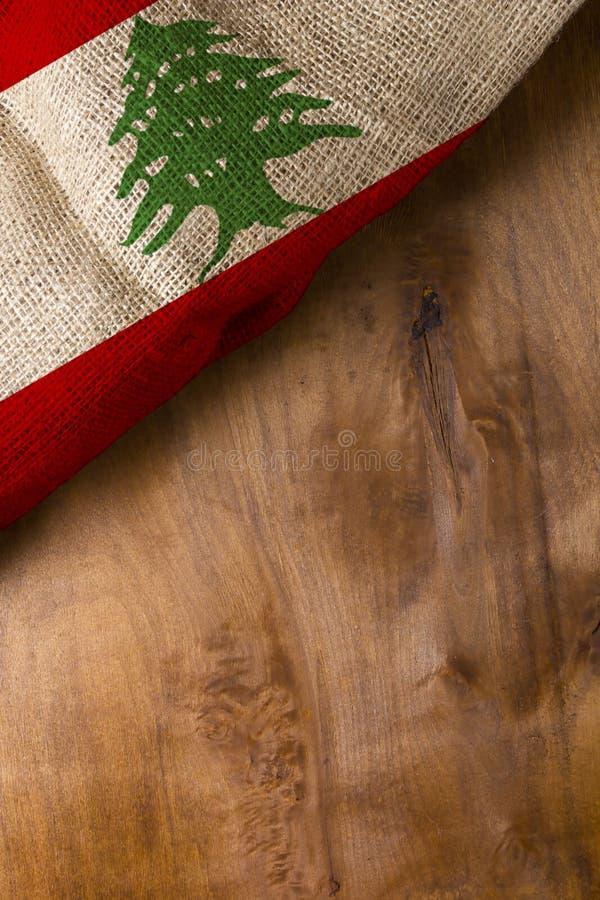Staatsflagge vom Libanon lizenzfreie stockfotos