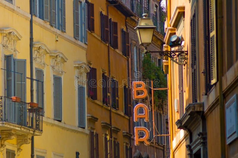 Stab kennzeichnen innen die Straße von Rom lizenzfreie stockfotos