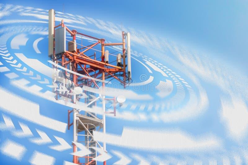 Stacja bazowa operator sieci 5G 4G, 3G wiszącej ozdoby technologie zdjęcie stock