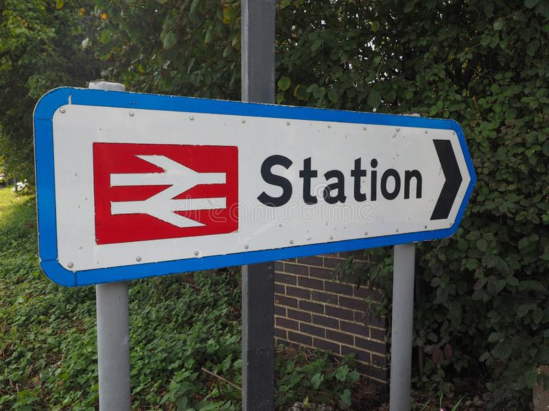 Stacja kolejowa podpisuje wewnątrz Ely zdjęcia royalty free
