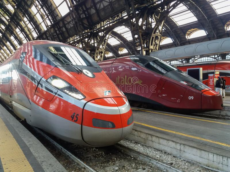 Stacje i przystanki kolejowe w Mediolanie obraz stock