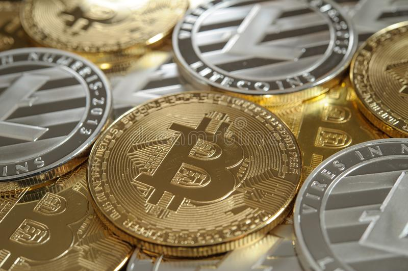 Make a living off of bitcoins real silver litecoins ccuart Gallery