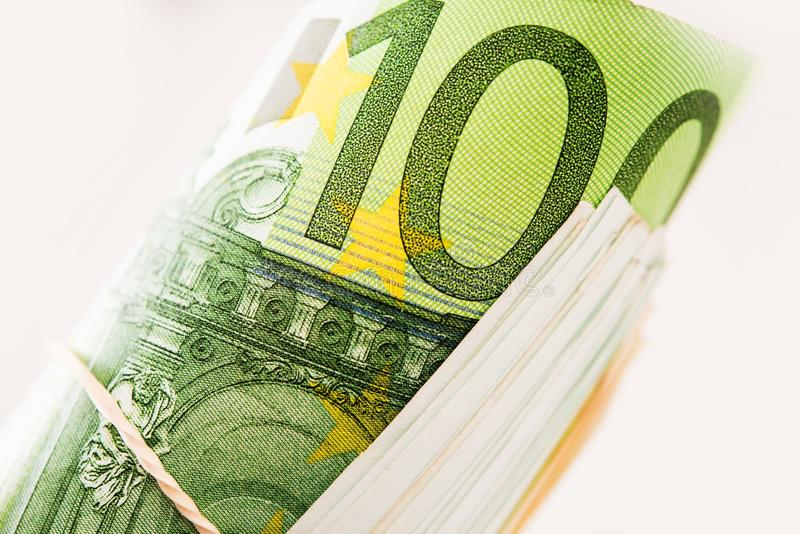 Staczający się Sto euro rachunków fotografia stock
