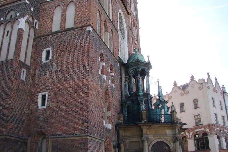 Stad †‹â€ ‹van Krakau Polen het landschap van moderne en oude Katholieke architectuur en monumenten van beeldhouwwerk royalty-vrije stock foto's