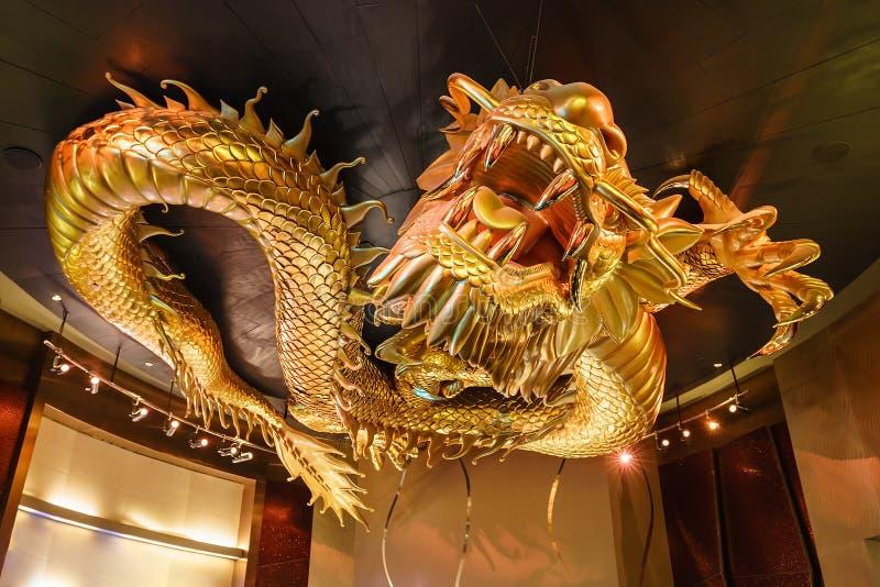 Stad av den guld- draken för drömkasino som jagar den flammande pärlan, Macao arkivfoton