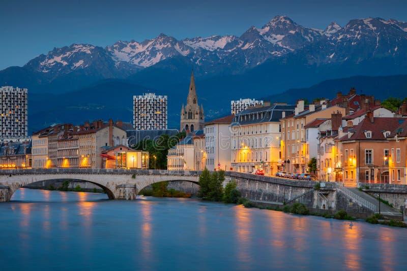Stad av Grenoble, Frankrike fotografering för bildbyråer