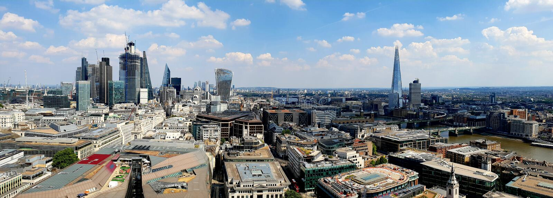 Stad av London som ses från St Pauls Cathedral royaltyfri bild