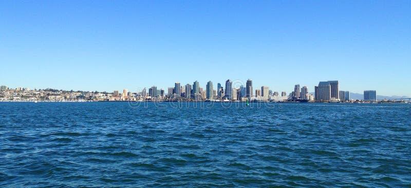 Stad av San Diego, Kalifornien från havet arkivbilder