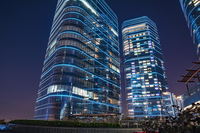 Stad av Suzhou på natten royaltyfri bild