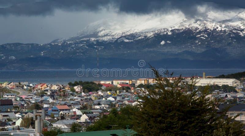 Stad av Ushuaia, lägst punkt på söderna - amerikansk kontinent arkivbilder