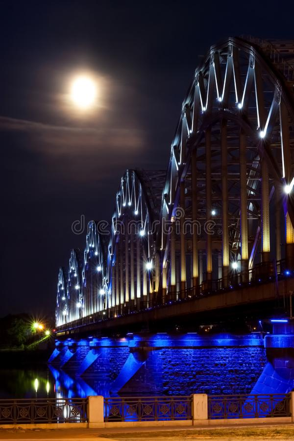Stad bij nacht Lange Blootstellingsfotografie Het reizen in Europa stock afbeelding