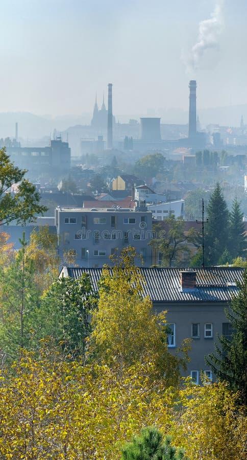 Stad Brno in nevel royalty-vrije stock foto's