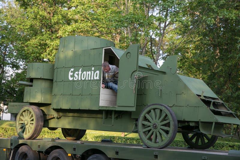 Stad Cesis, lettisk republik Århundrade av Cesis stridrekonstruktion för baltiska staterna Vapen och soldater 22 06 2019 arkivbilder