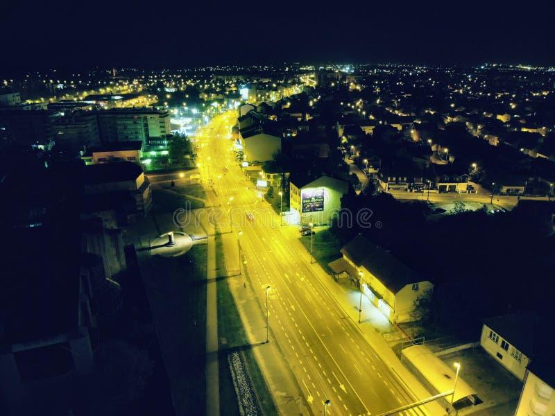 Stad in de nacht Zagreb royalty-vrije stock foto