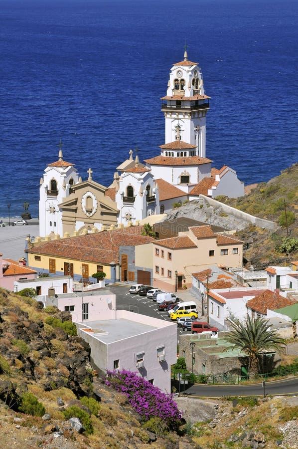 Stad en basiliek van Candelaria in Tenerife stock foto