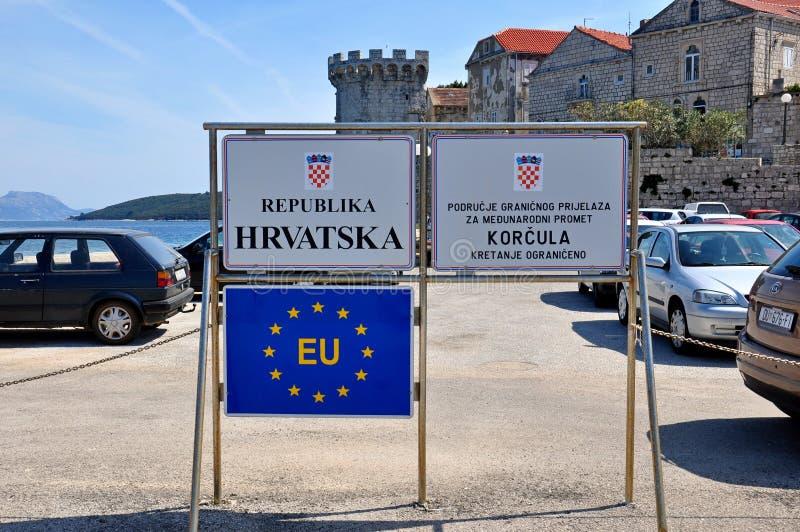 Stad för KorÄ ula i Kroatien fotografering för bildbyråer