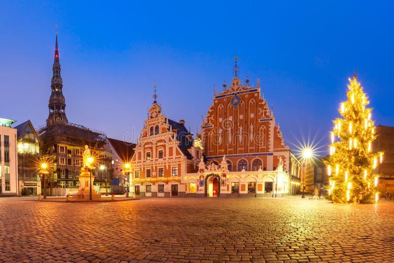 Stad Hall Square in de Oude Stad van Riga, Letland stock foto