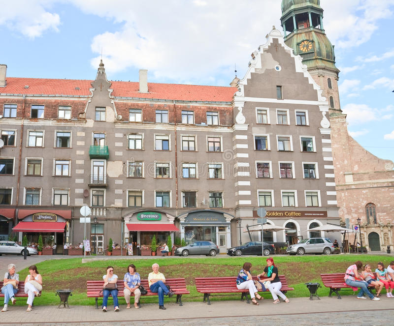 Stad Hall Square i Riga latvia arkivfoto