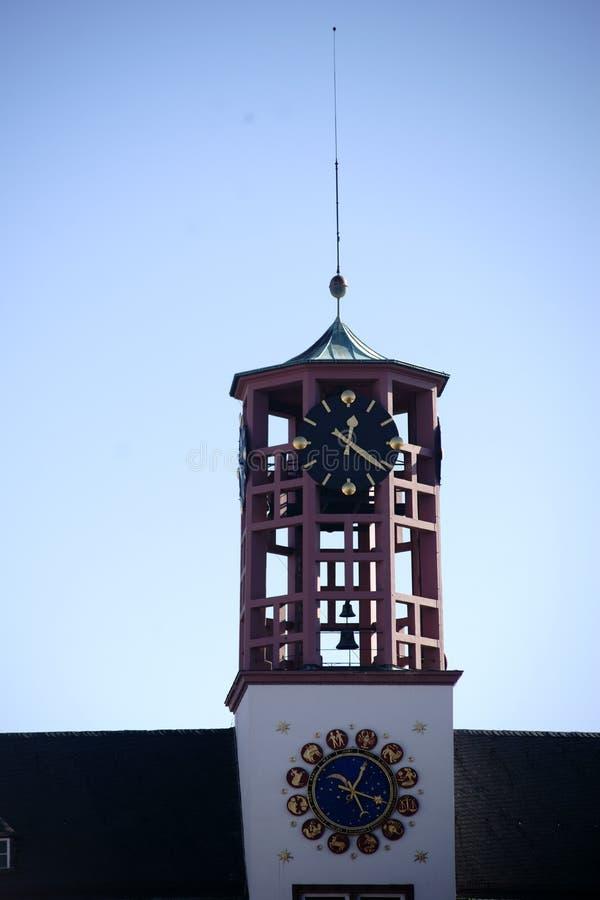 Stad Hall Worms för klockatorn royaltyfri bild