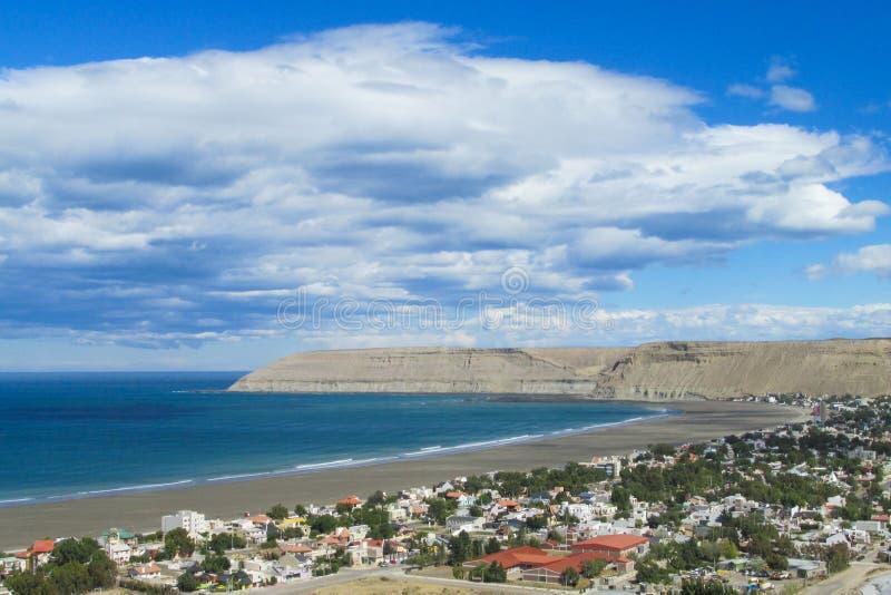 Stad i atlantisk kust av Argentina arkivbild