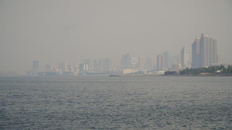 Stad met wolkenkrabbers en gebouwen Filippijnen, Manilla, Makati stock fotografie