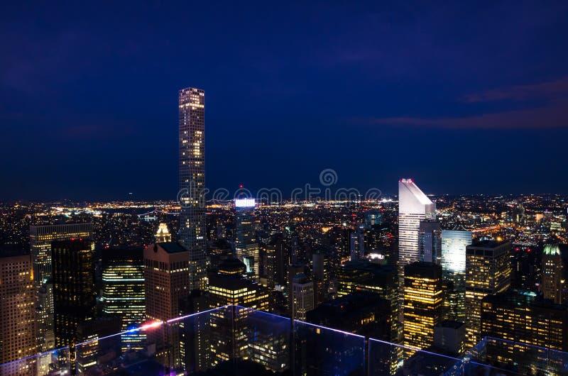 stad New York Manhattan i stadens centrum horisont på natten arkivbilder