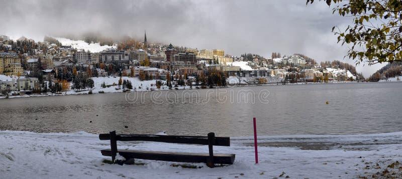 Stad op het Meer St Moritz stock afbeeldingen