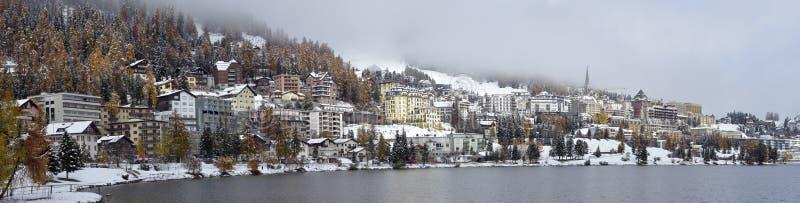 Stad op het Meer St Moritz stock fotografie