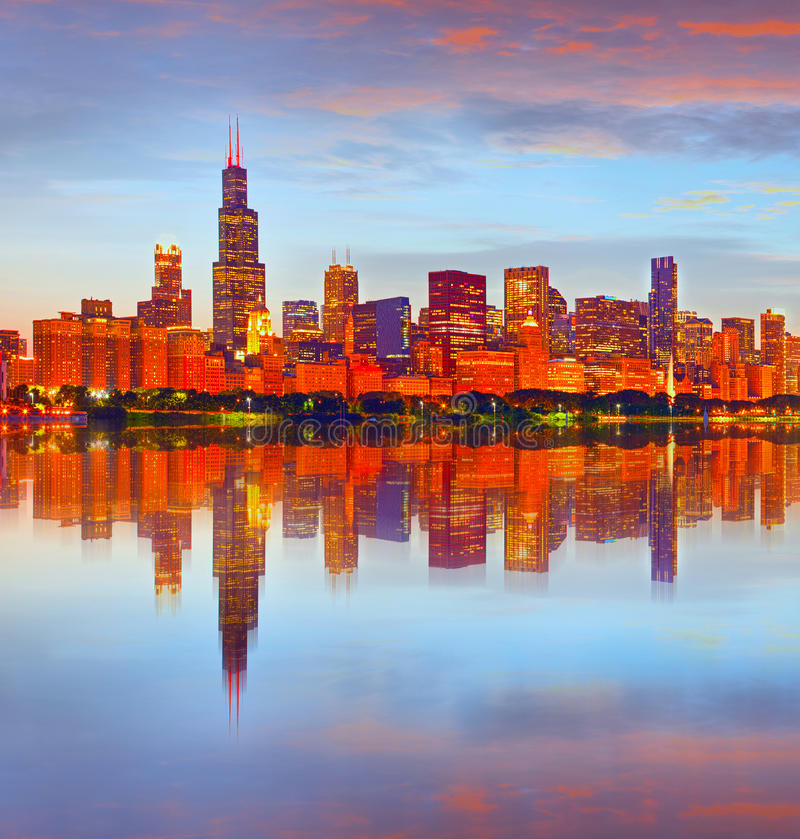 Stad van Chicago de V.S., bij zonsondergang royalty-vrije stock foto