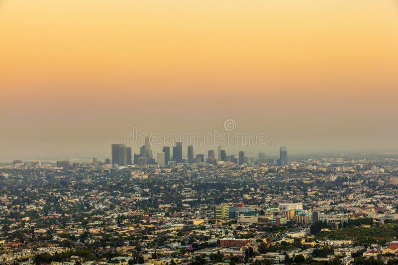 Stad van Los Angeles in zonsondergang royalty-vrije stock afbeeldingen