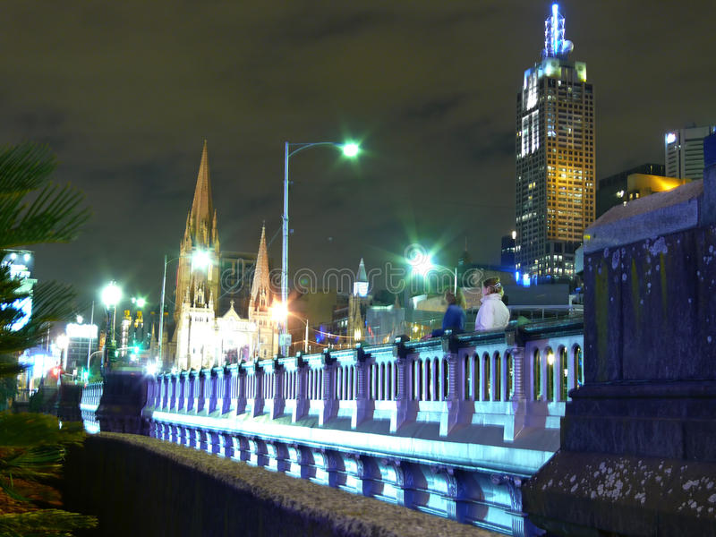 Stad van Melbourne in nacht. royalty-vrije stock fotografie