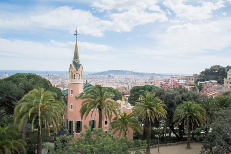 Stad van Park Guell in Barcelona Het Museum van het Gaudihuis stock fotografie