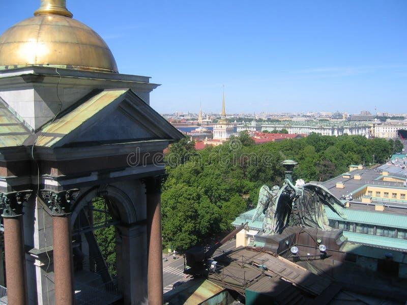 stad van St. Petersburg, geschiedenis, architectuur, monument, Kluis, kathedraal, colonnade, kanaal, straat stock foto's