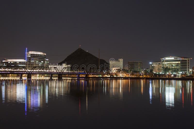 Download Stad van Tempe stock foto. Afbeelding bestaande uit licht - 29502256