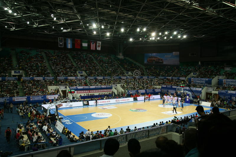 Stade de basket-ball photographie stock libre de droits