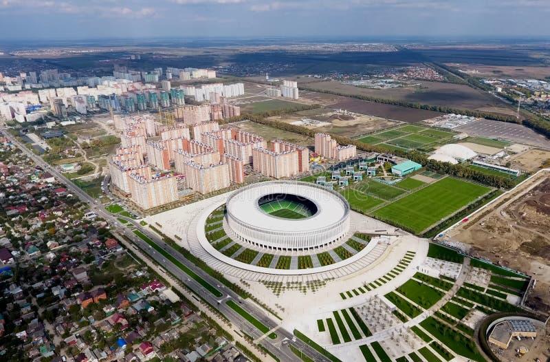 Stade de Krasnodar dans la ville de Krasnodar Le bâtiment moderne du stade dans les sud de la Russie images libres de droits