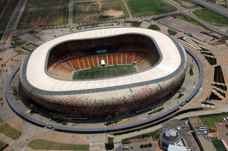 Stade de ville du football, Soweto images stock