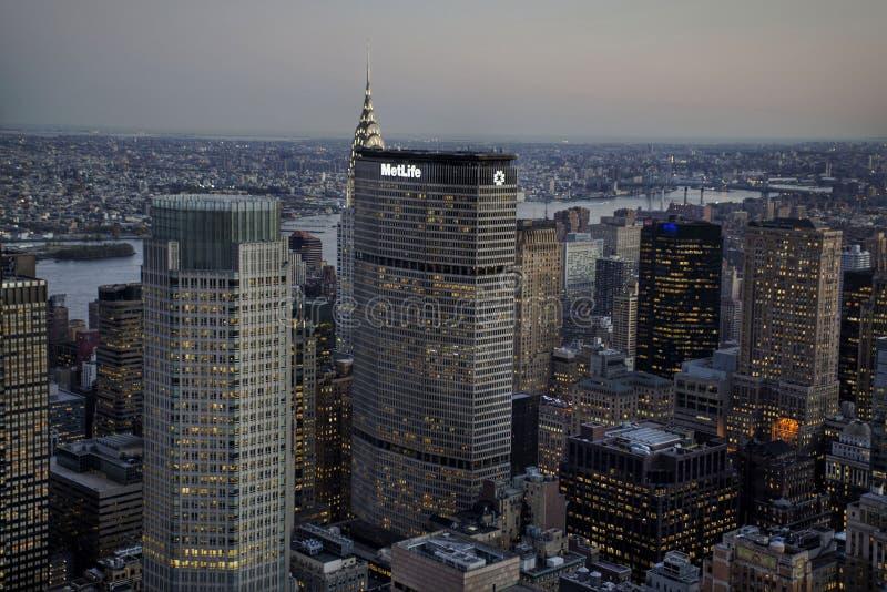 Staden av skyskrapor royaltyfria bilder