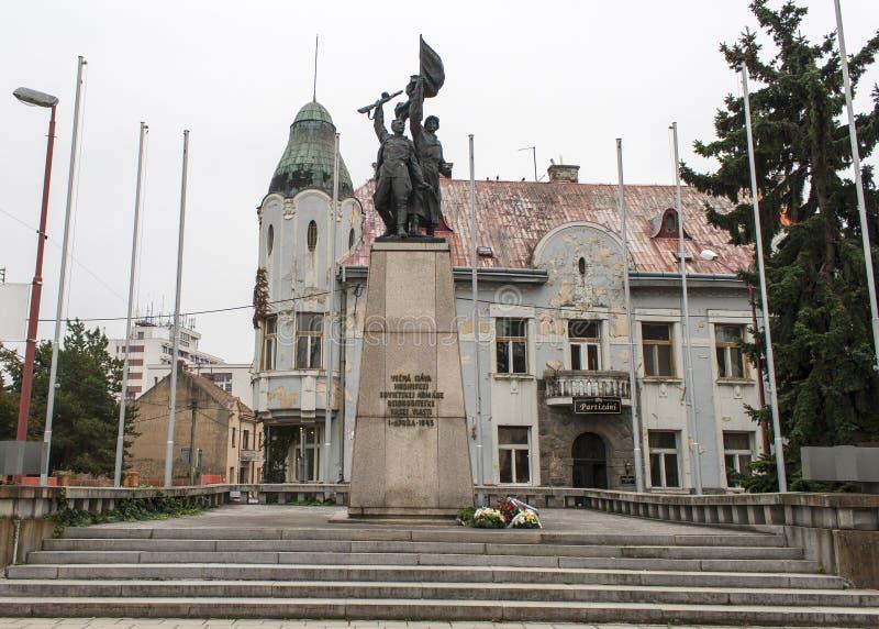 Staden av Trnava, i Slovakien med många kyrktar royaltyfri foto