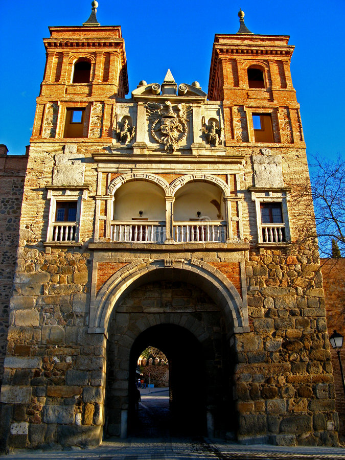 staden gates toledo royaltyfria foton