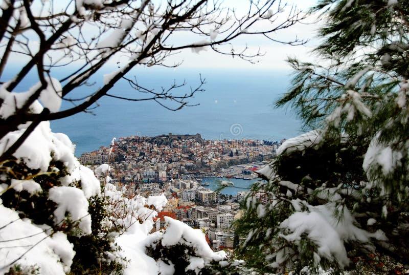 staden räknade snow arkivbild