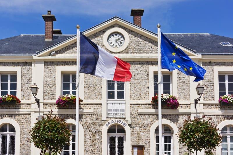Stadhuis in Etretat - Franse kusttoevlucht stock afbeelding